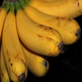 How To Whiten Your Teeth With A Banana Peel
